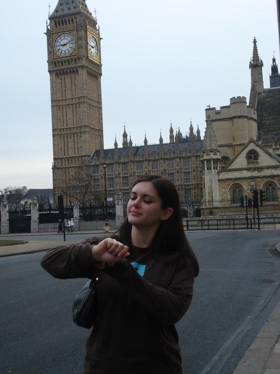 Julie1227 in front of Big Ben