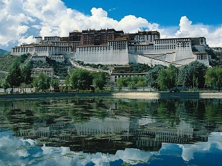 Potala Palace from across the river by Scottshangguan