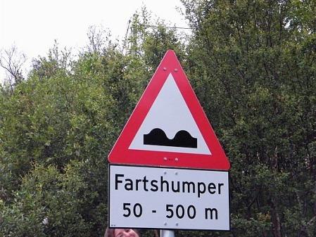 Marksadventures loves Norwegian signs