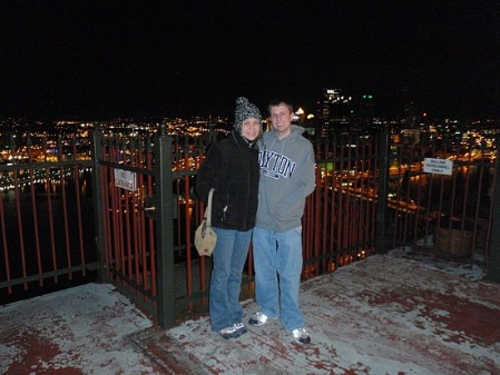 Jeremystravels spent a romantic evening with his girlfriend at the Duquesne Outlook